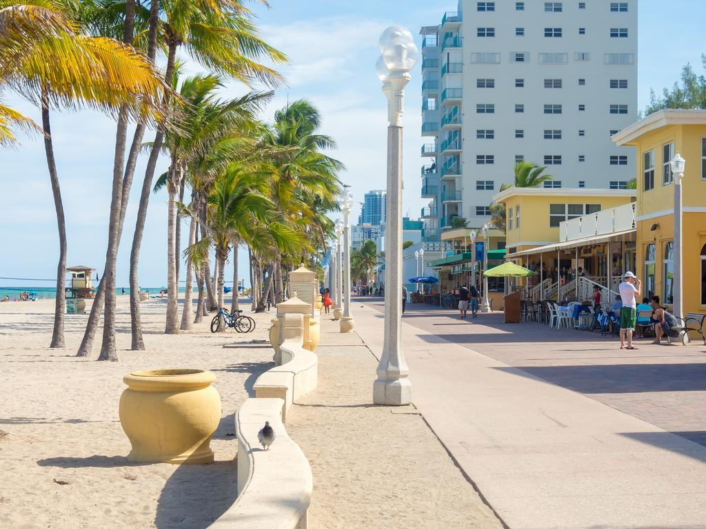 Villa Europa Hotel Hollywood FL   Bookingcom 1024x768