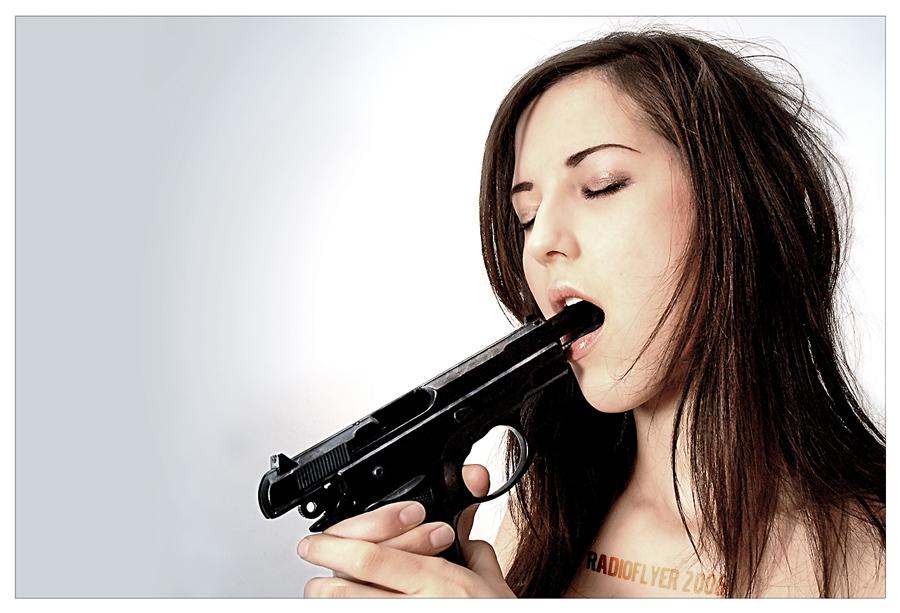 Girls With Guns 03 by SarmaiBalazs 900x613