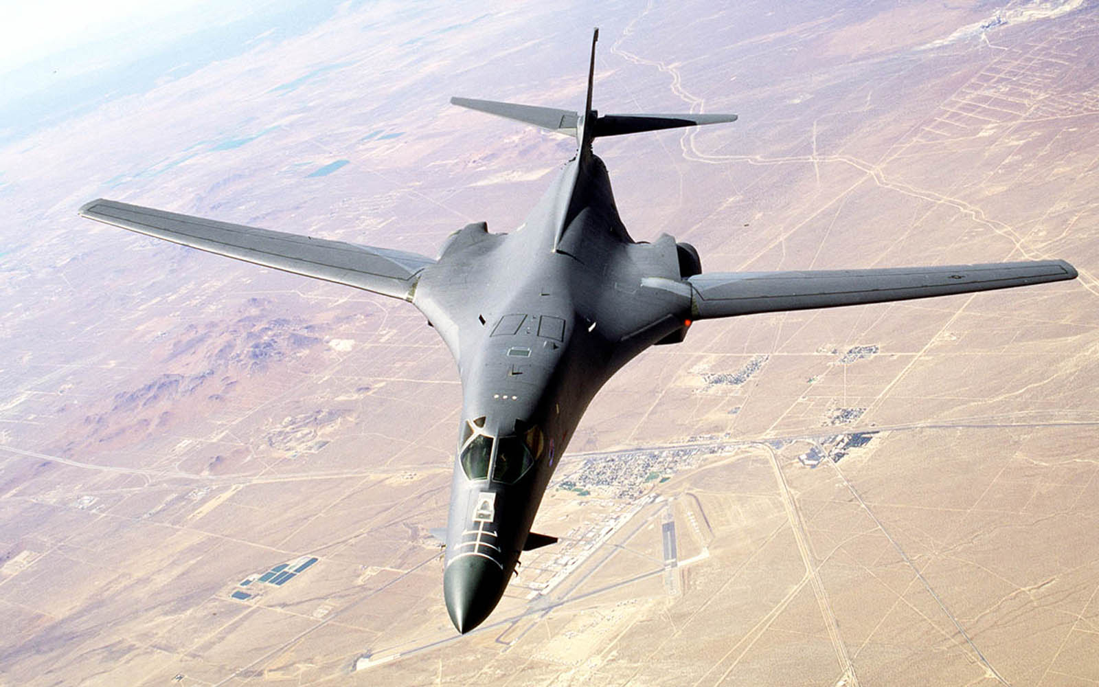 B1 Bomber Wallpaper - WallpaperSafari B1 Lancer Wallpaper
