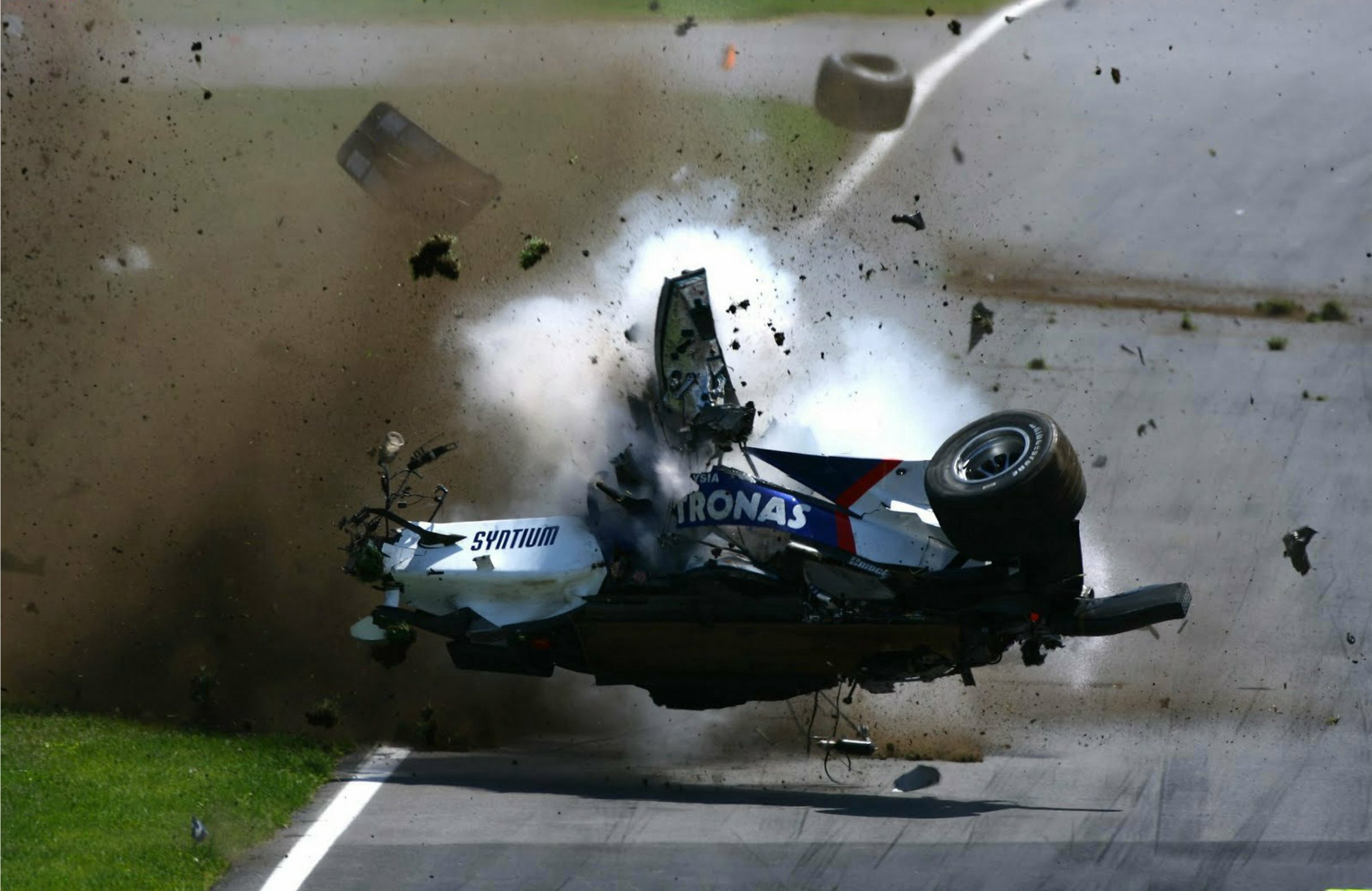 F1 Car crash wallpaper   ForWallpapercom 2426x1576