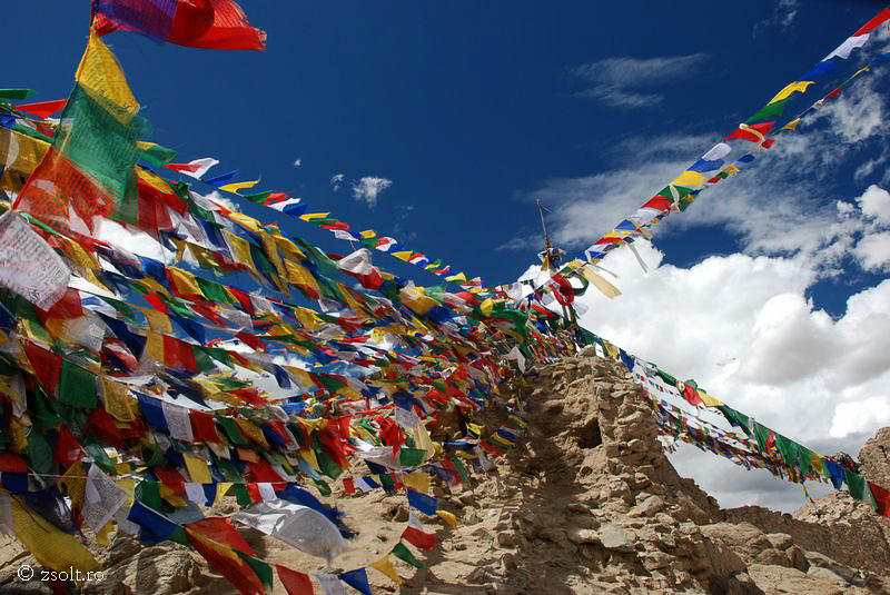 Tibetan Buddhist Wallpapers Tibetan Buddhist Prayer flags on top 800x535