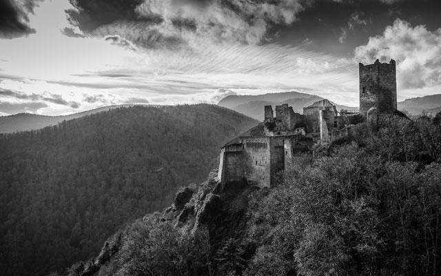 Medieval Desktop Castle Wallpaper Collection   Medieval Archives 640x400