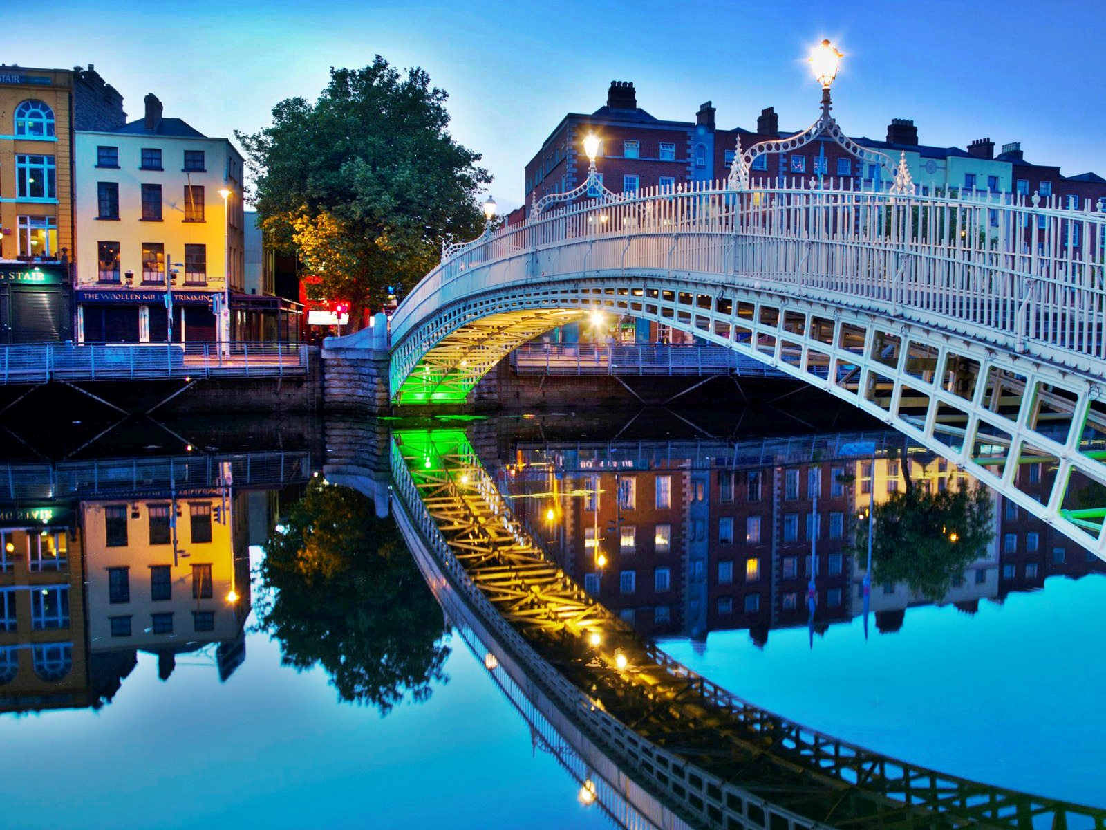 dublin wallpaper Dublin 1600x1200