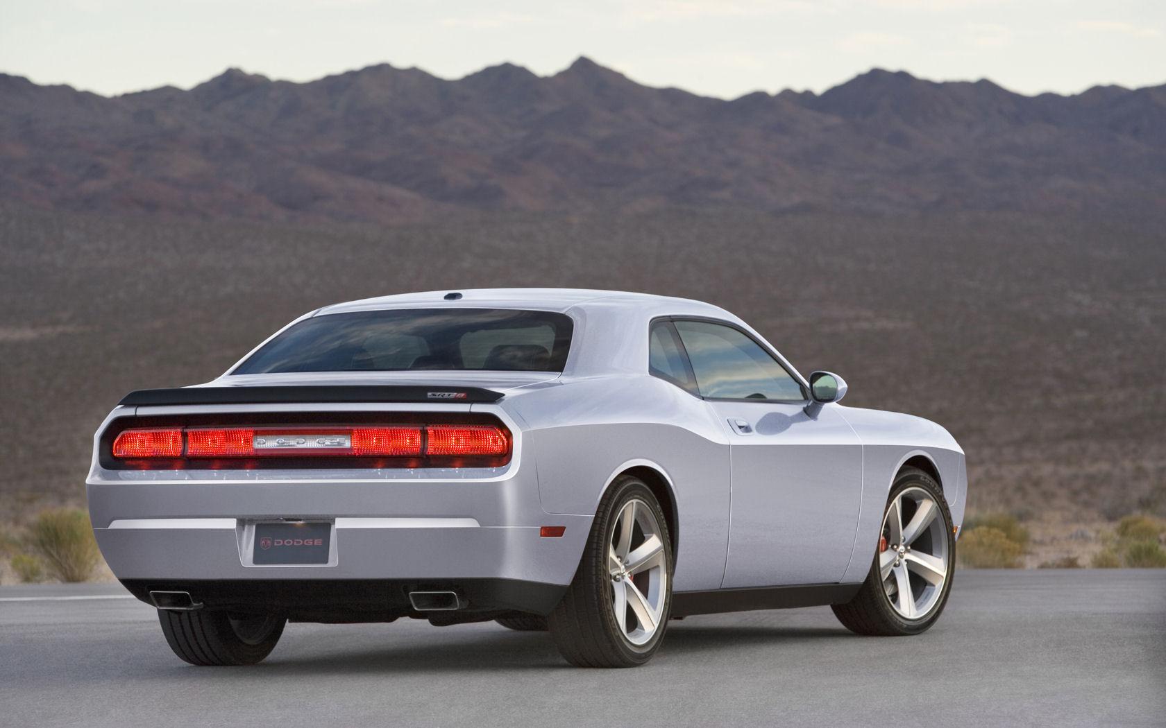 Dodge Challenger SE RT SRT8 V8 Hemi   Widescreen 1680x1050