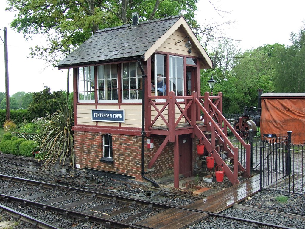 Tenterden Town Signal Box 12052018 Kent and East Sussex Flickr 1024x768