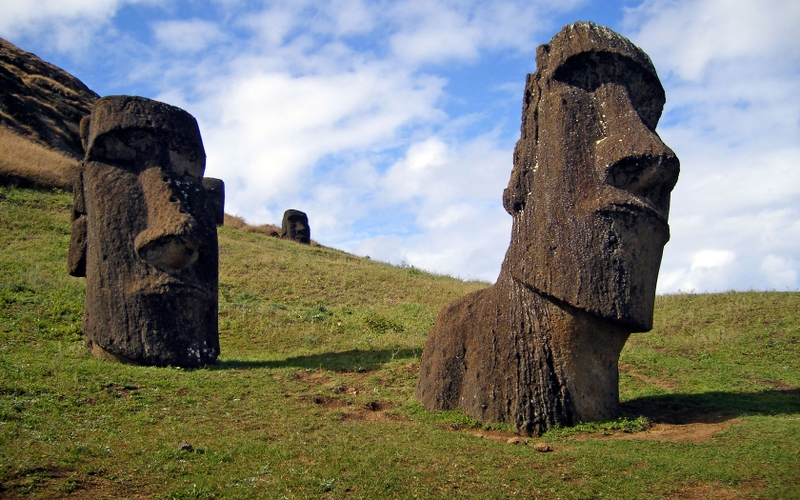 ruins easter island heads 1680x1050 wallpaper Easter Wallpaper 800x500