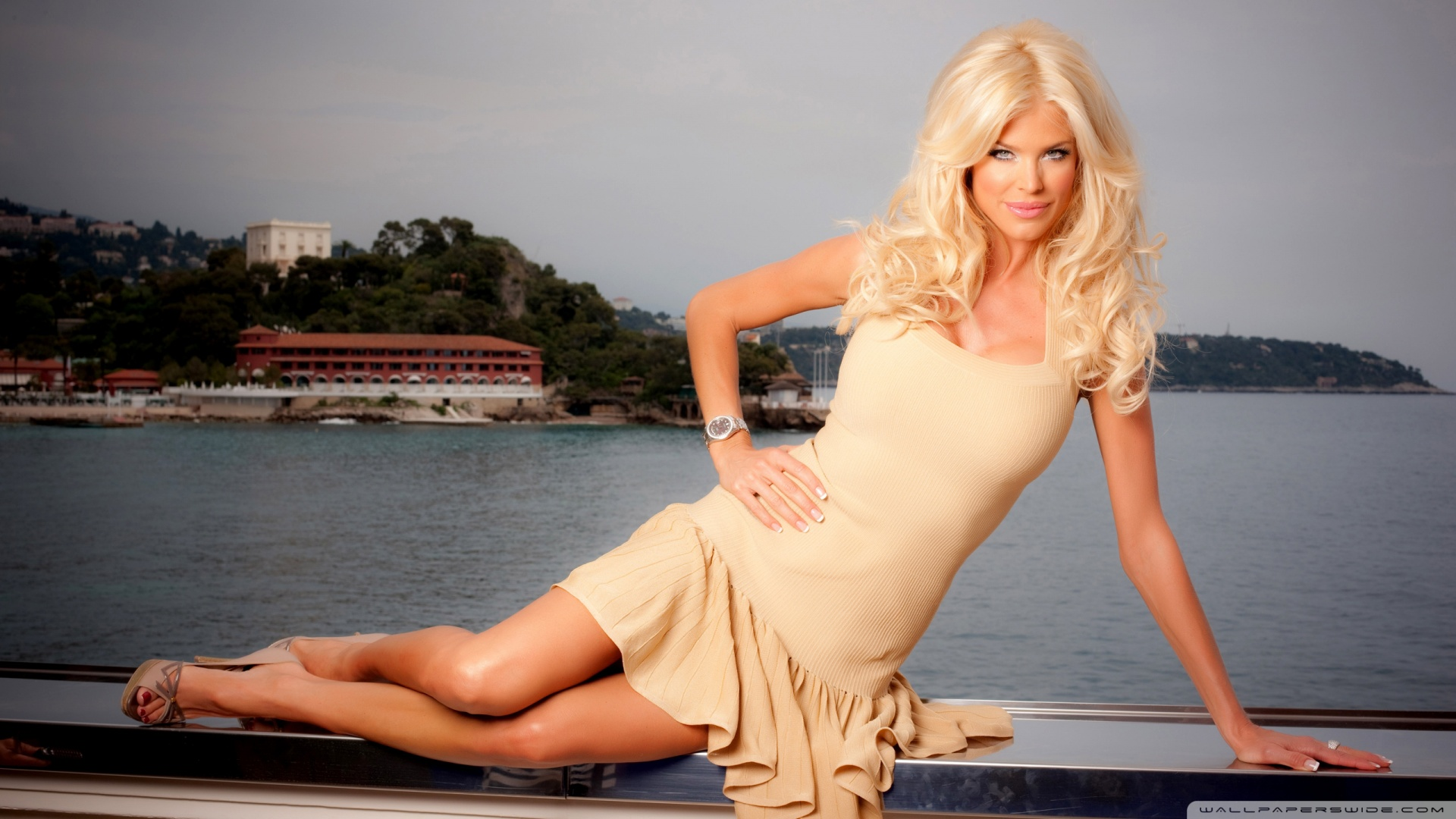 Victoria Silvstedt 4K HD Desktop Wallpaper for 4K Ultra HD TV 1920x1080