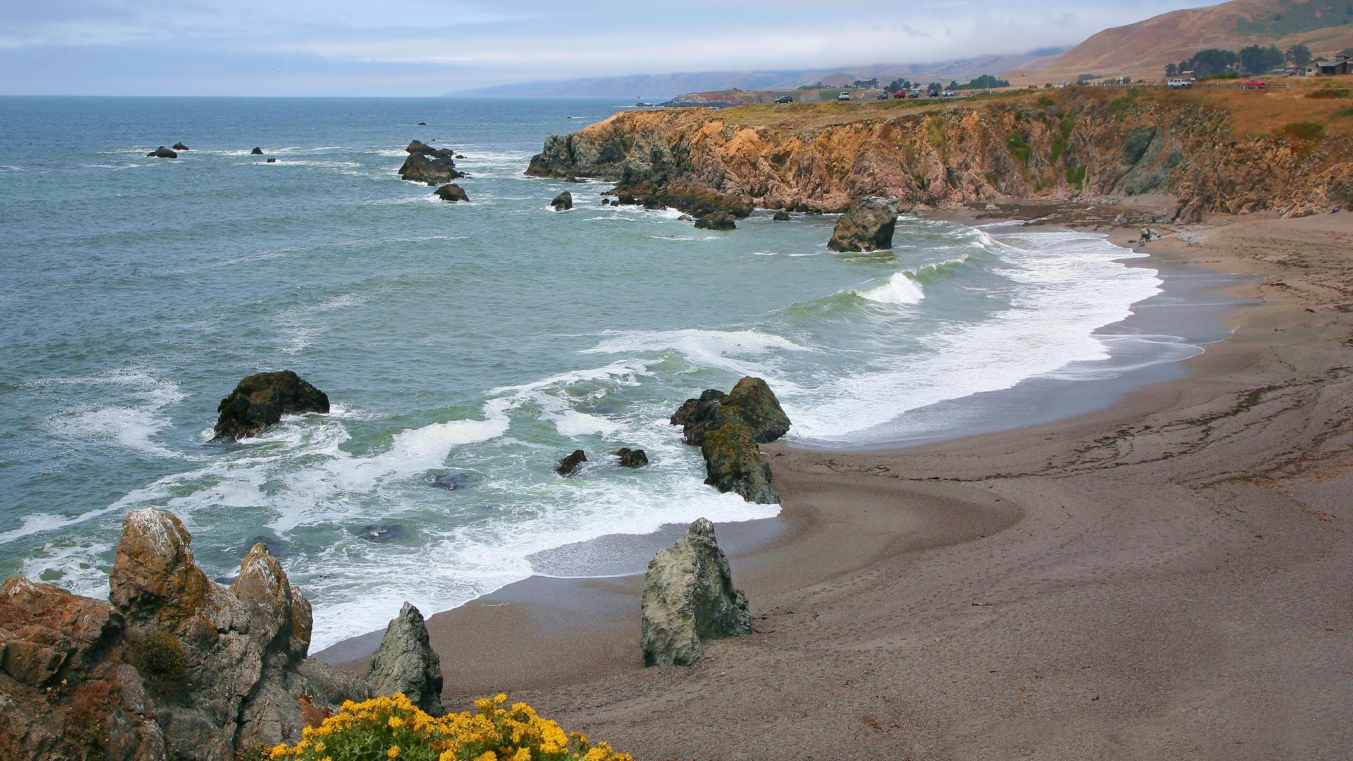 Schoolhouse Beach California wallpaper   87088 1920x1080