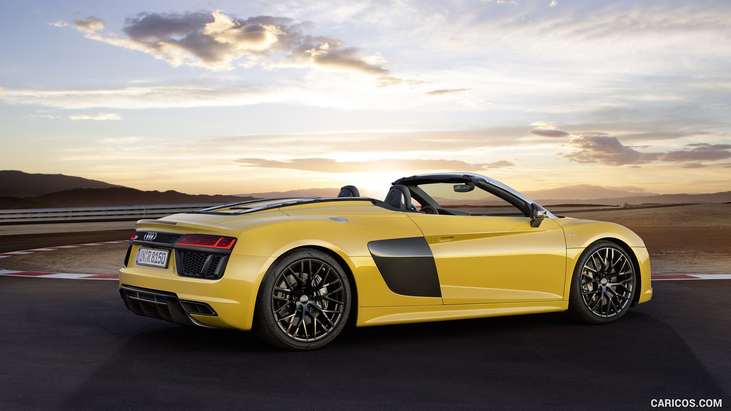 2017 Audi R8 V10 Spyder Color Vegas Yellow   Side HD 2560x1440