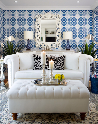 geometric blue white wallpaper living room 393x500