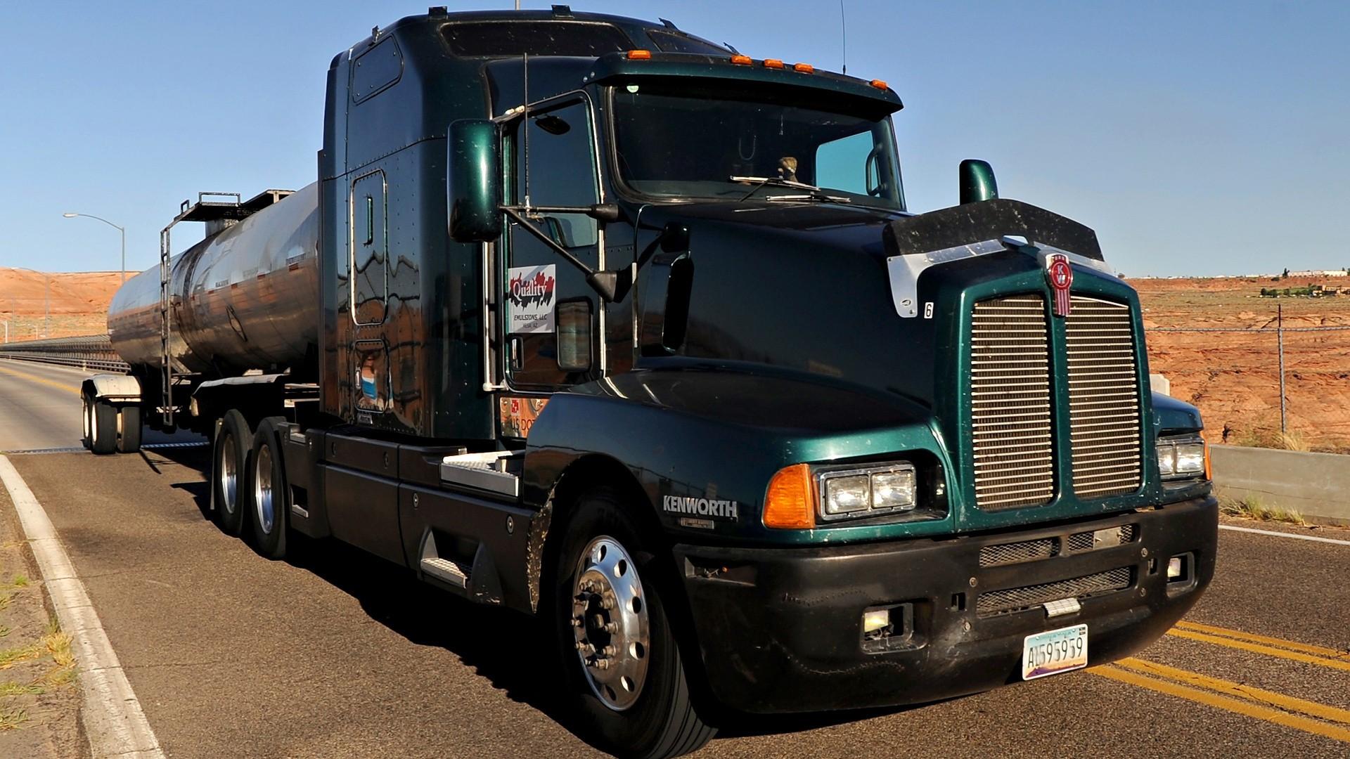 картинки hd1366х768 грузовики