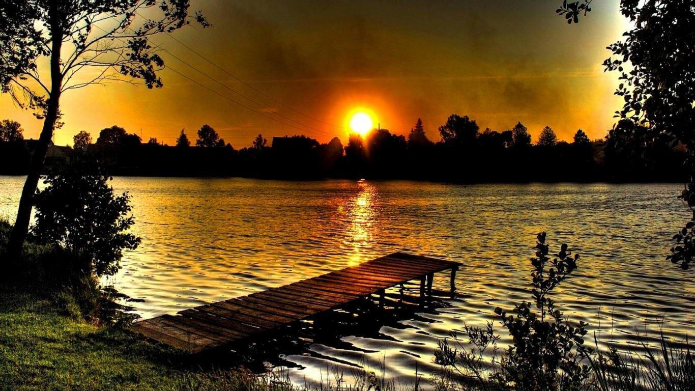 HD Desktop Wallpapers Online Most Spectacular Sunset 1366x768