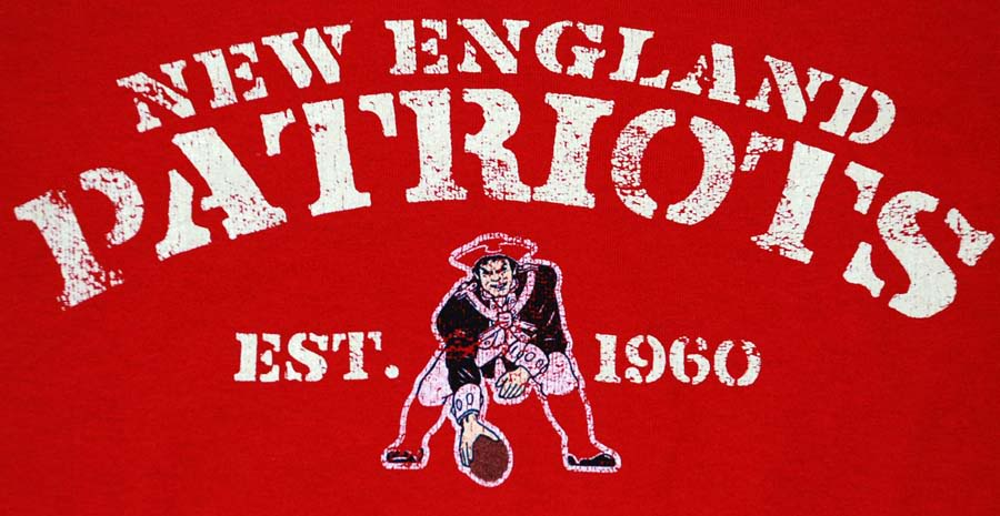 Free Download New England Patriots Distressed Old Logo Tee X