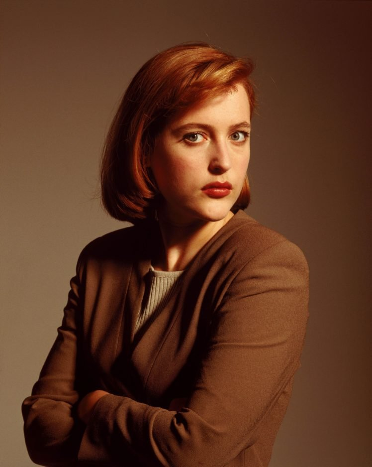 Gillian Anderson The X Files Arms crossed Dana Scully Redhead 748x938