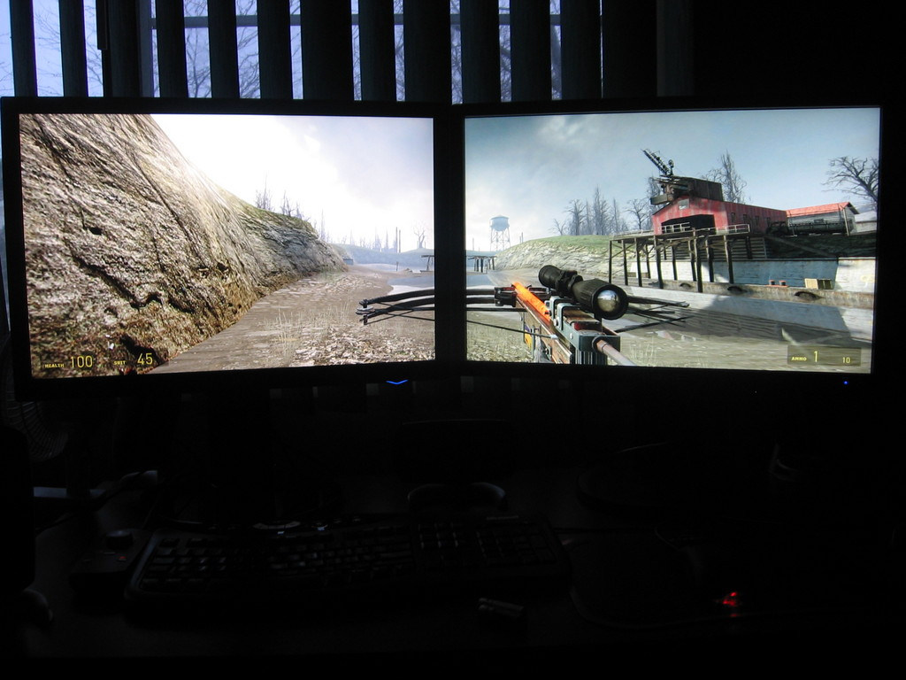 Different Background Images on Dual Monitors Don the Developer 1024x768