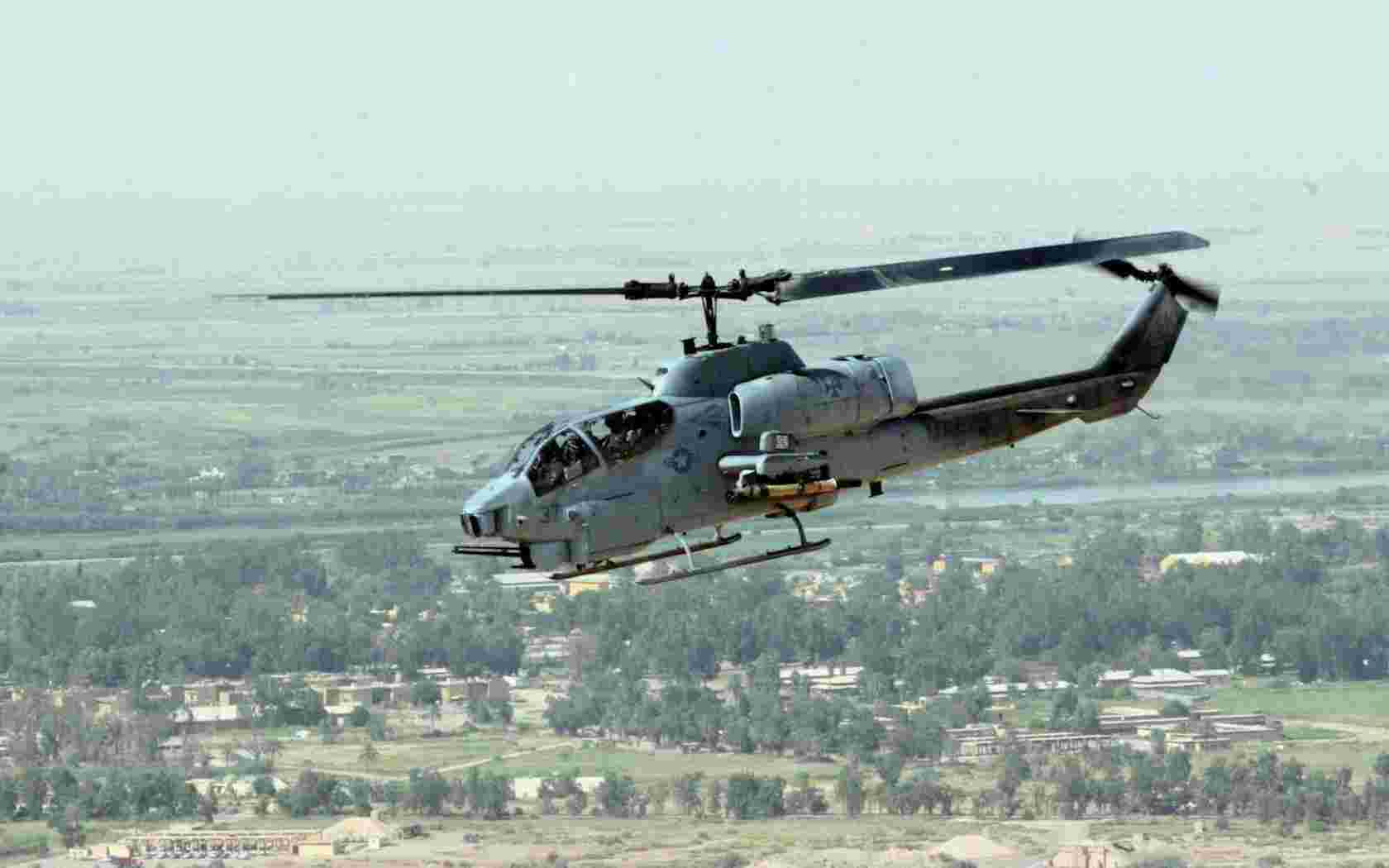 Bell AH 1 Cobra helicopter wallpaper   Aviation   Military   Wallpaper 1680x1050
