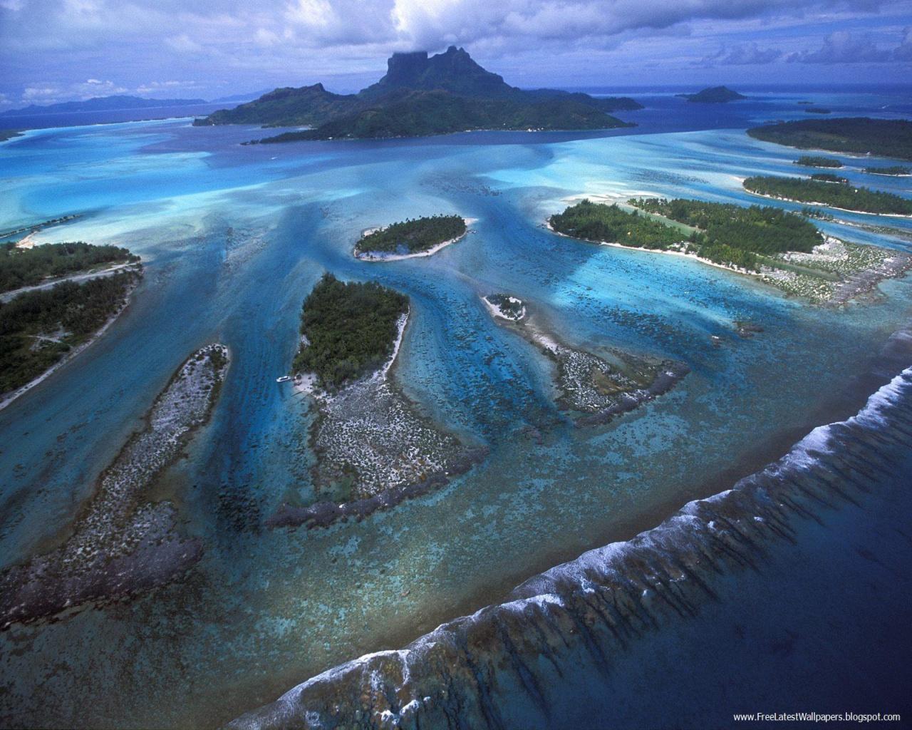 Teeth of Bora Bora Lagoon French Polynesia background in 1280x1024 1280x1024