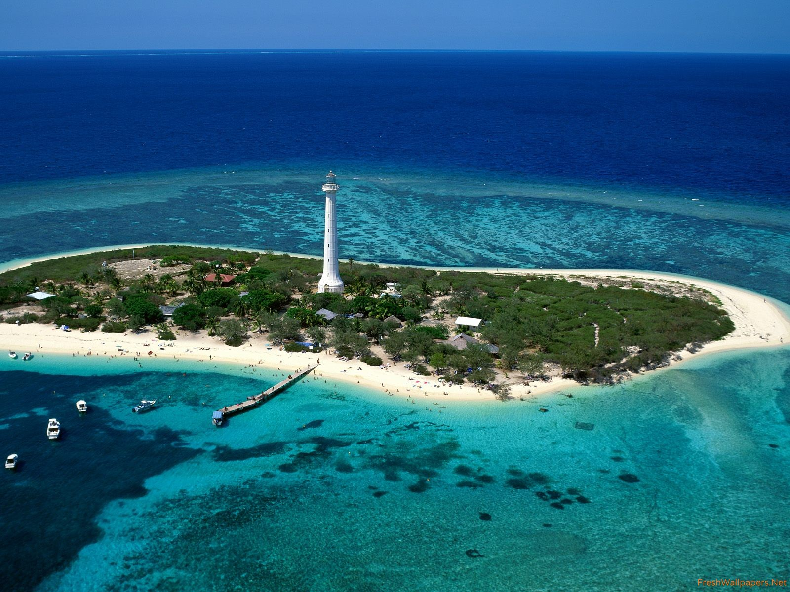 Amedee Lighthouse New Caledonia wallpapers Freshwallpapers 1600x1200