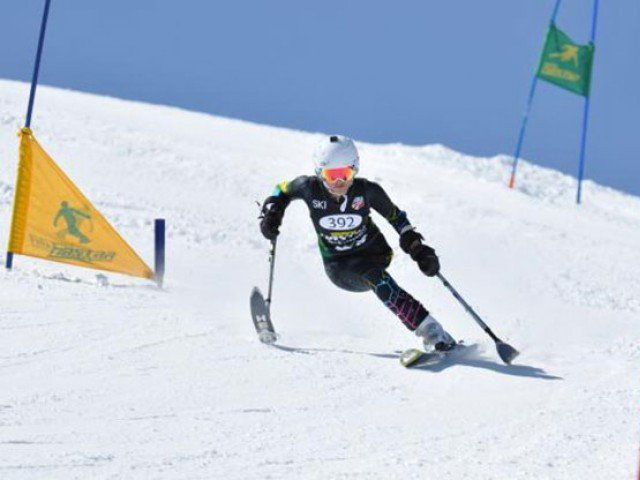 Pakistani girl with One leg competes in ski race 640x480