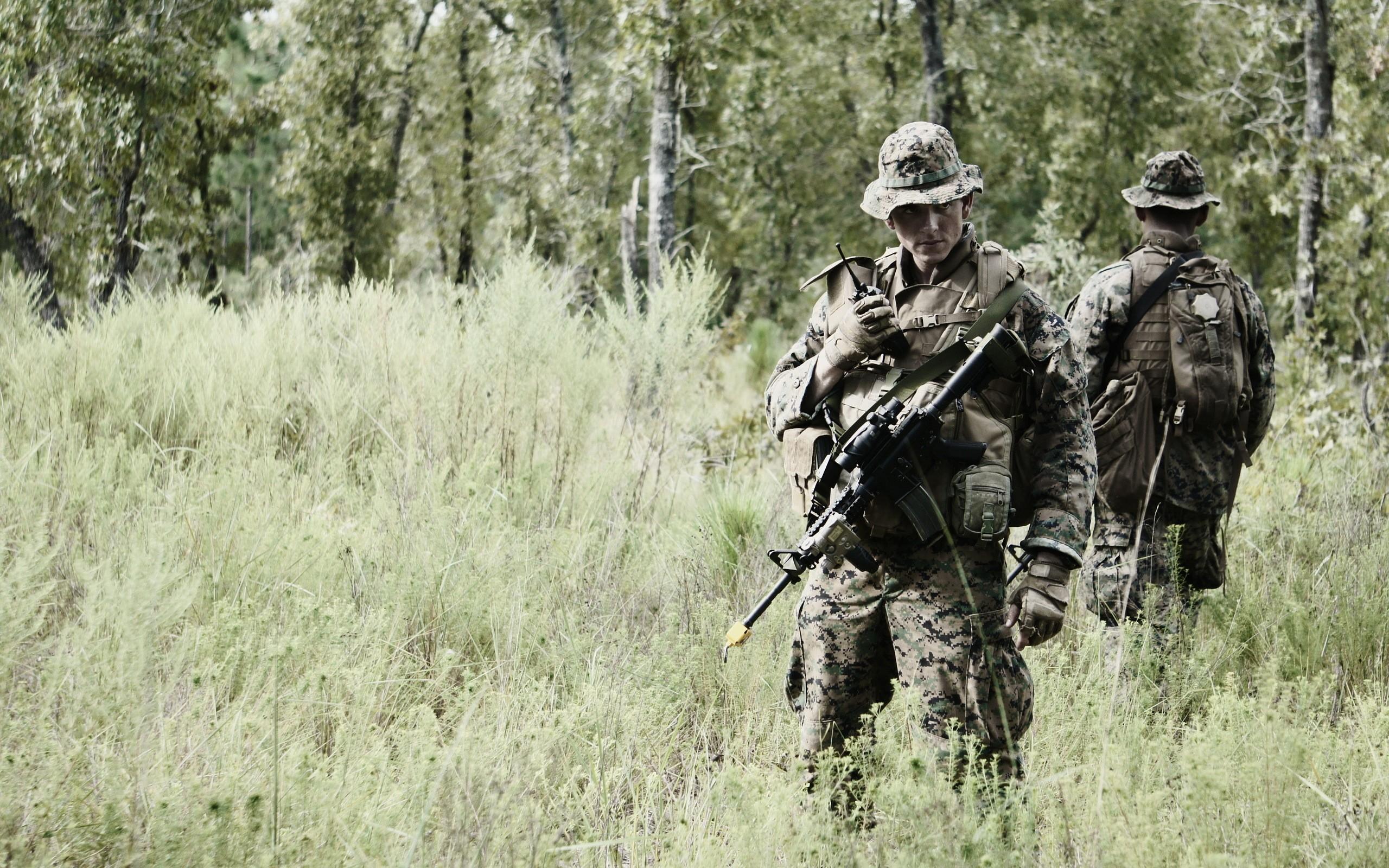 soldiers military ACOG marpat warriors weapons guns rifles camo men 2560x1600