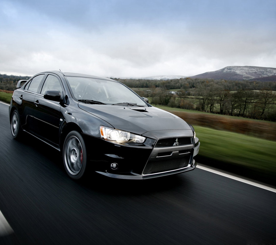 Mitsubishi Car Wallpaper: Black Mitsubishi Lancer Wallpaper
