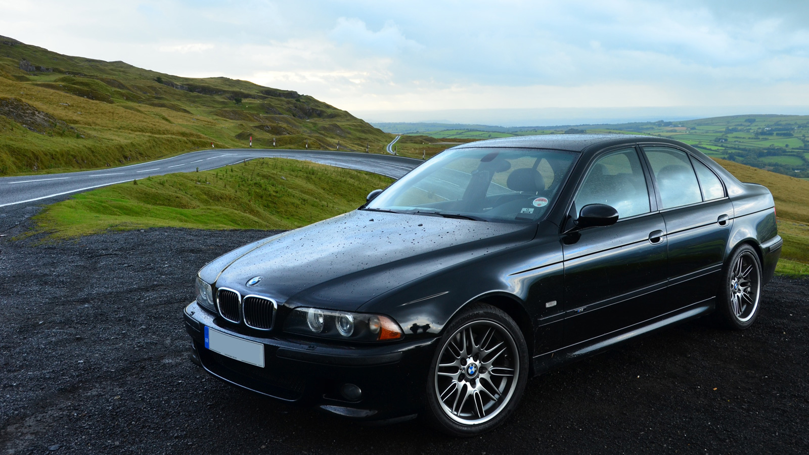 Free download Your ridiculously cool BMW M5 wallpaper is ...