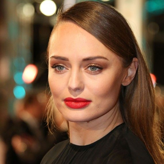 English Actress Laura Haddock 75 Cute Images And 570x570