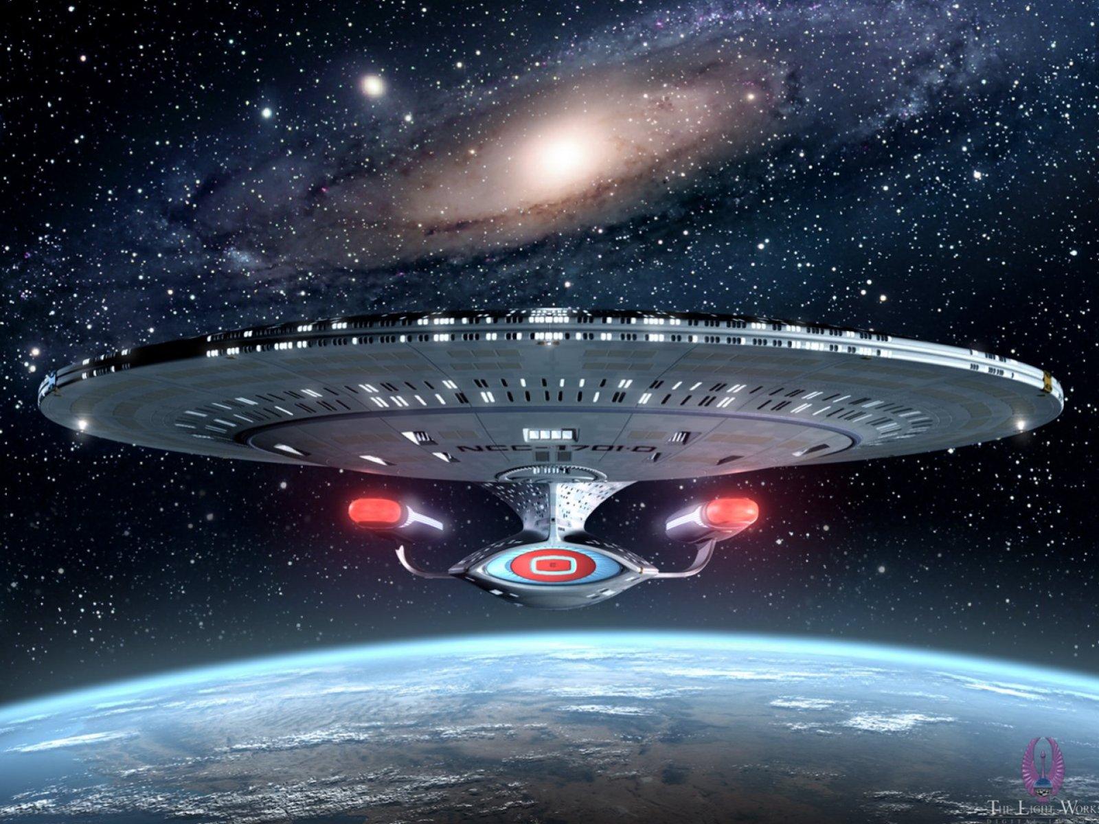 Which Starship Enterprise is the best Starship Enterprise Momentum 1600x1200