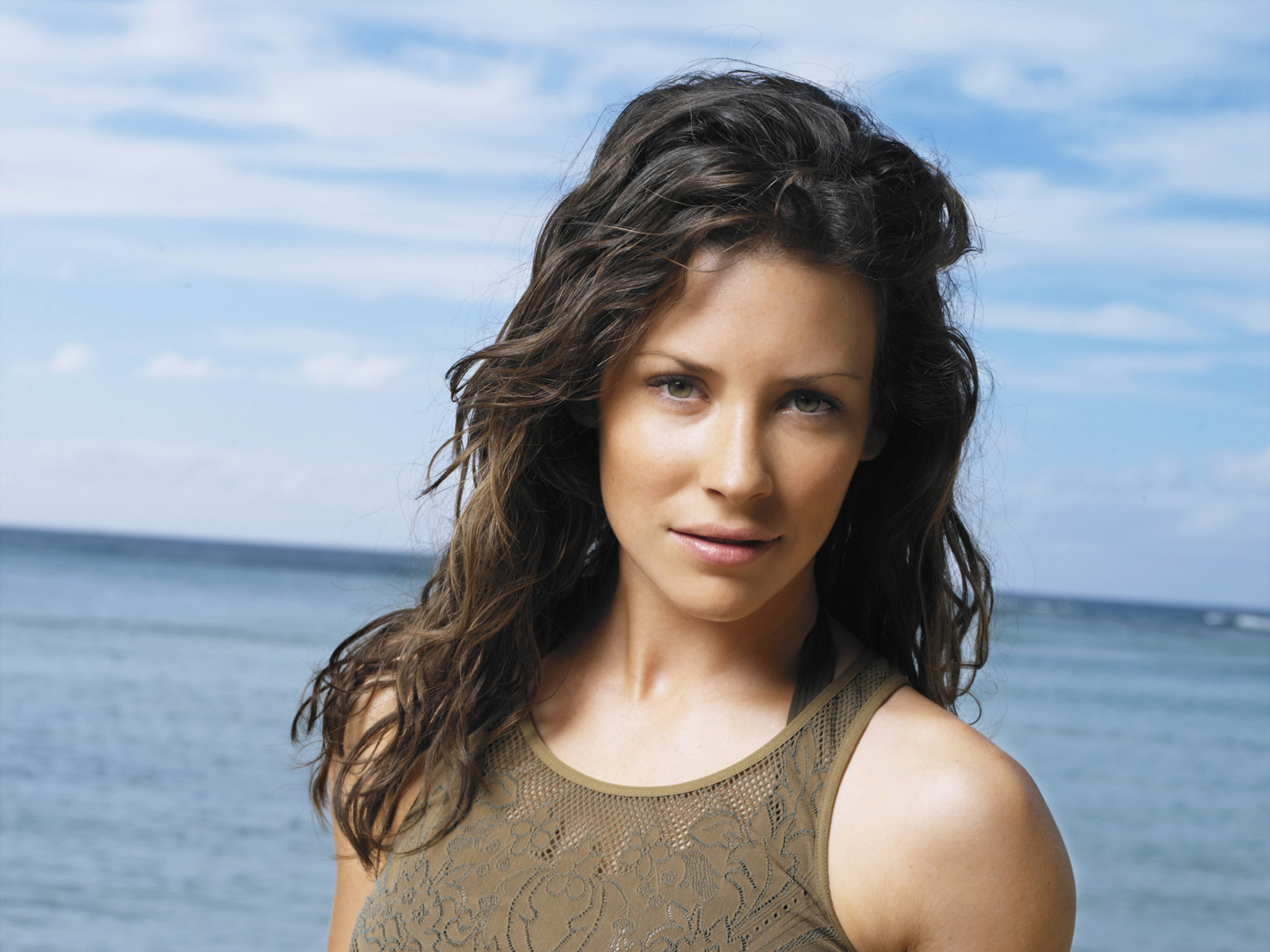new movie on set evangeline lilly hd desktop wallpaper background 1600x1200