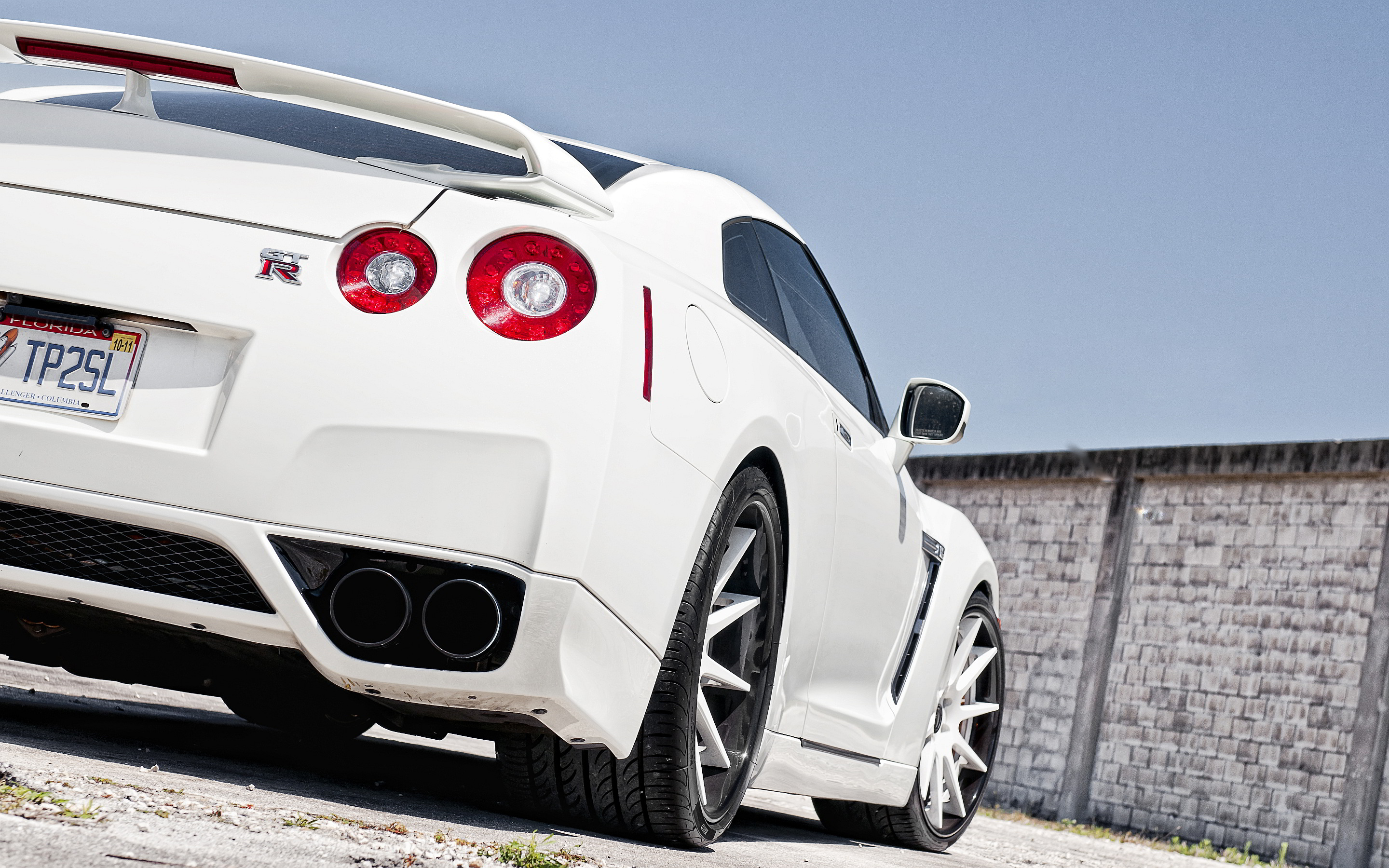Nissan Gtr R35 Wallpapers 2880x1800