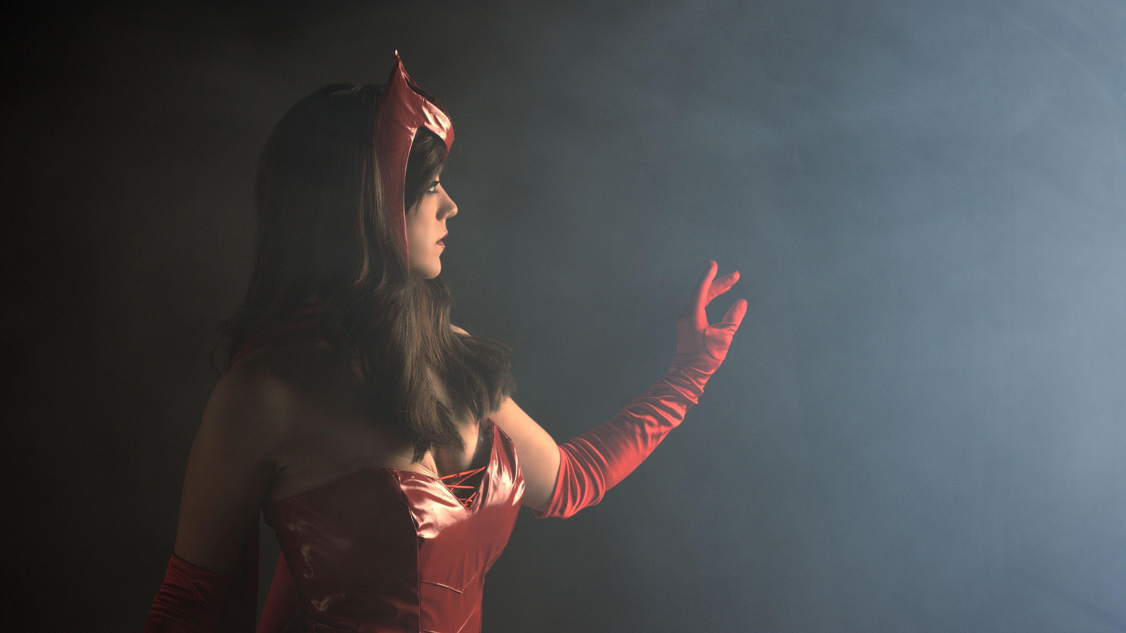 Hd Wallpapers Scarlet Witch Avengers 1024 X 1280 931 Kb Jpeg HD 3900x2194