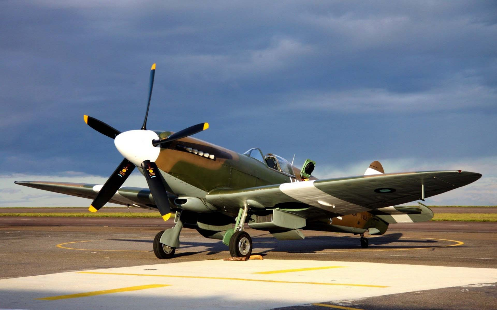 Vintage Airplane HD Photo Wallpapers 5985   Amazing Wallpaperz 1920x1200
