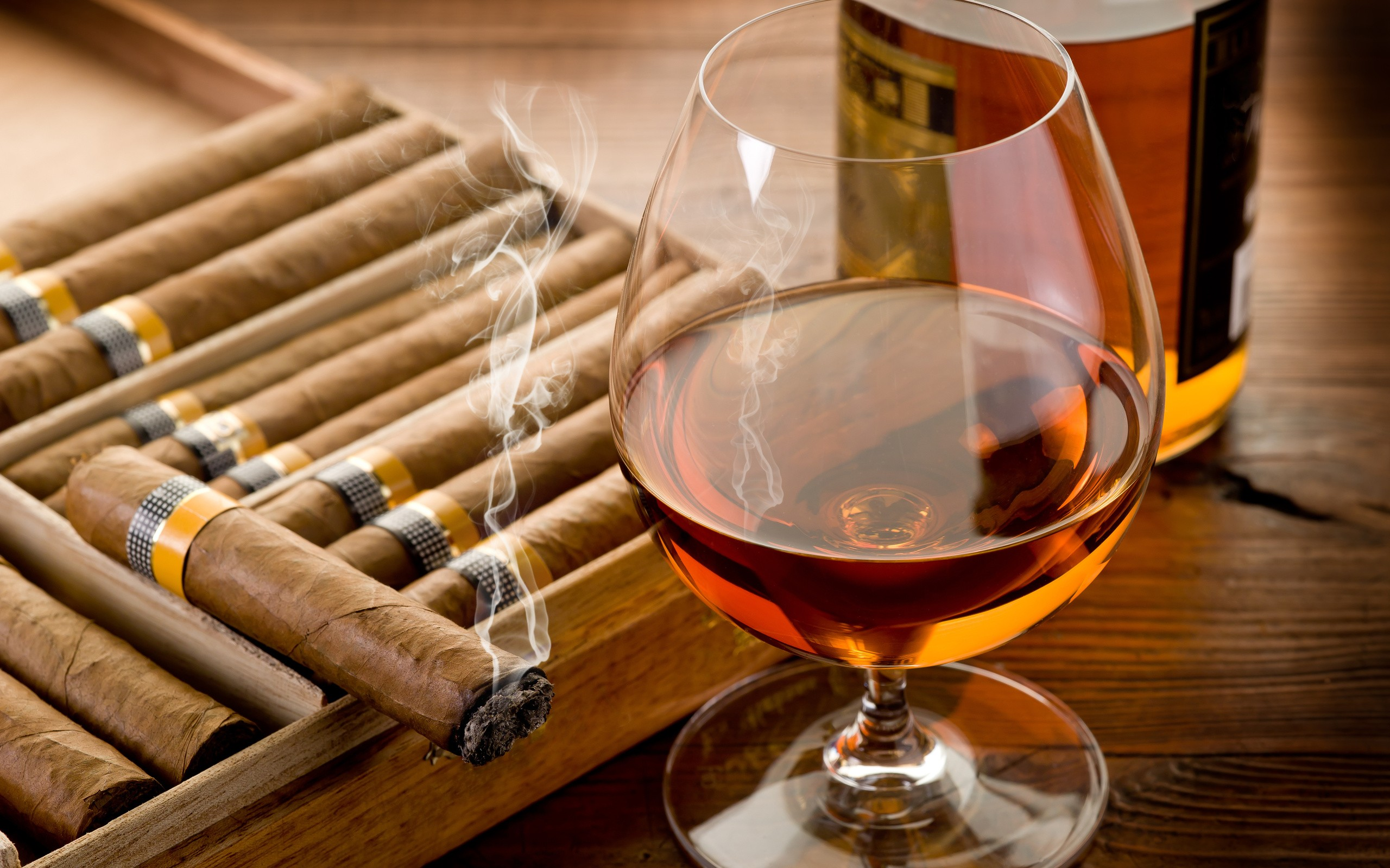 Vino y cigarrillos hd 2560x1600   imagenes   wallpapers gratis 2560x1600