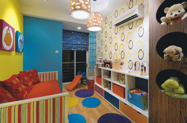Colorful wallpaper idea for kids playroom 600x395