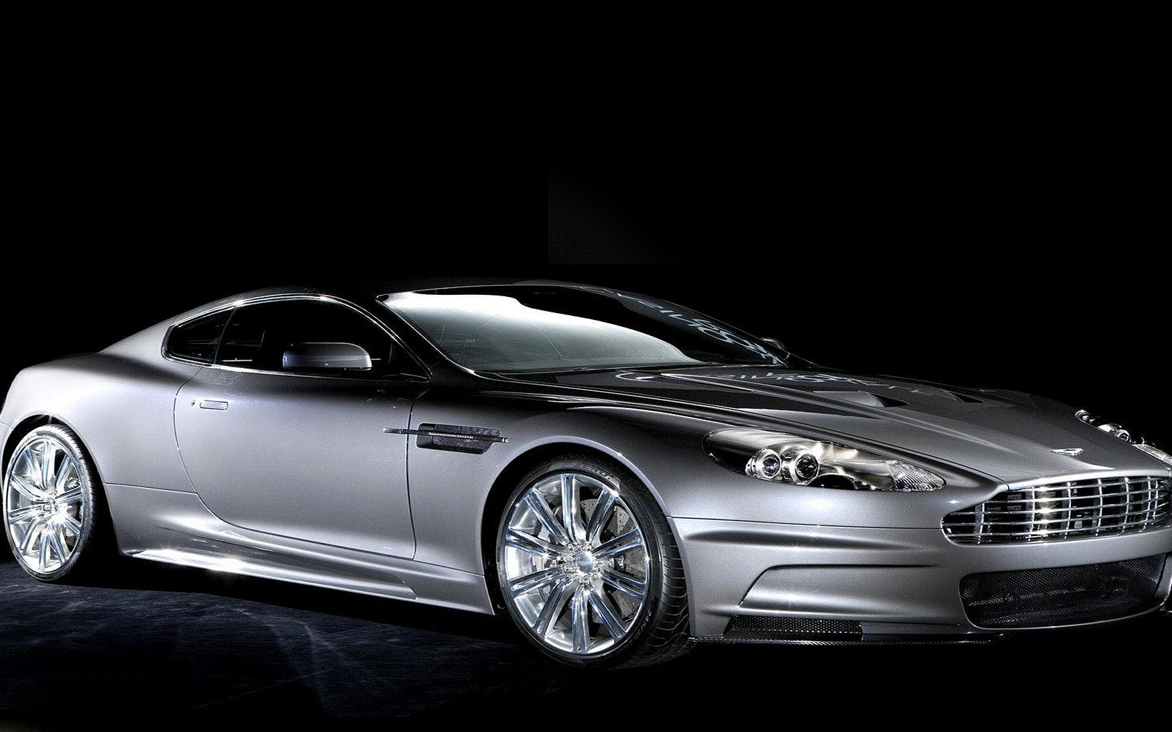 Aston Martin DBS wallpaper 12248 1680x1050
