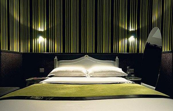 Hotel Design Using Wallpaper 604x390