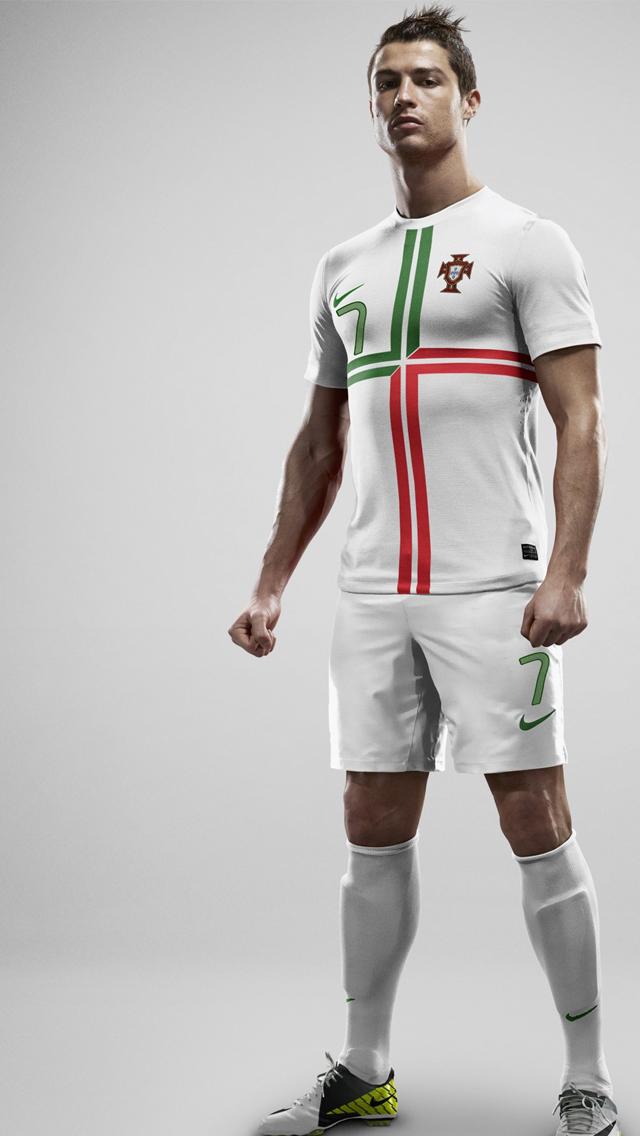 Cristiano Ronaldo Wore Jersey Number 7 Wallpaper   iPhone 640x1136
