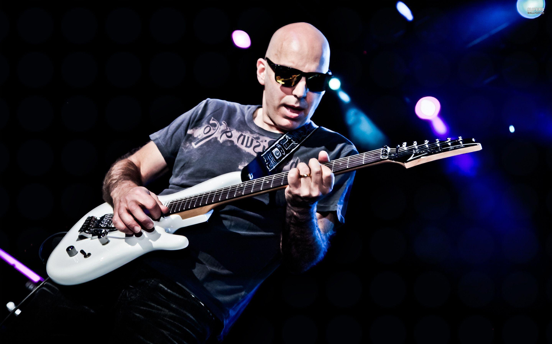 Joe Satriani Wallpapers 2880x1800