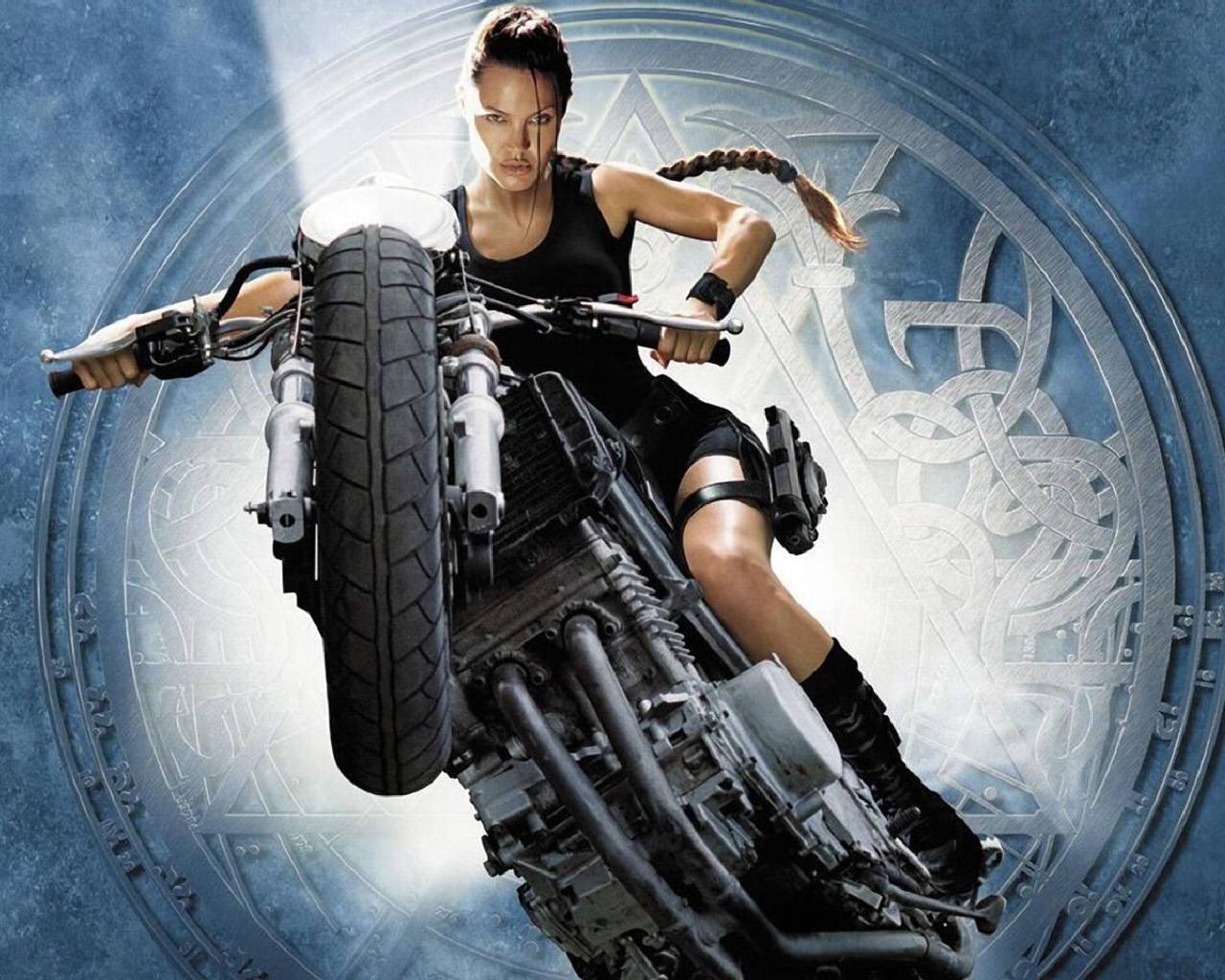 Free Download Tomb Raider Lara Croft Tomb Raider The Movies