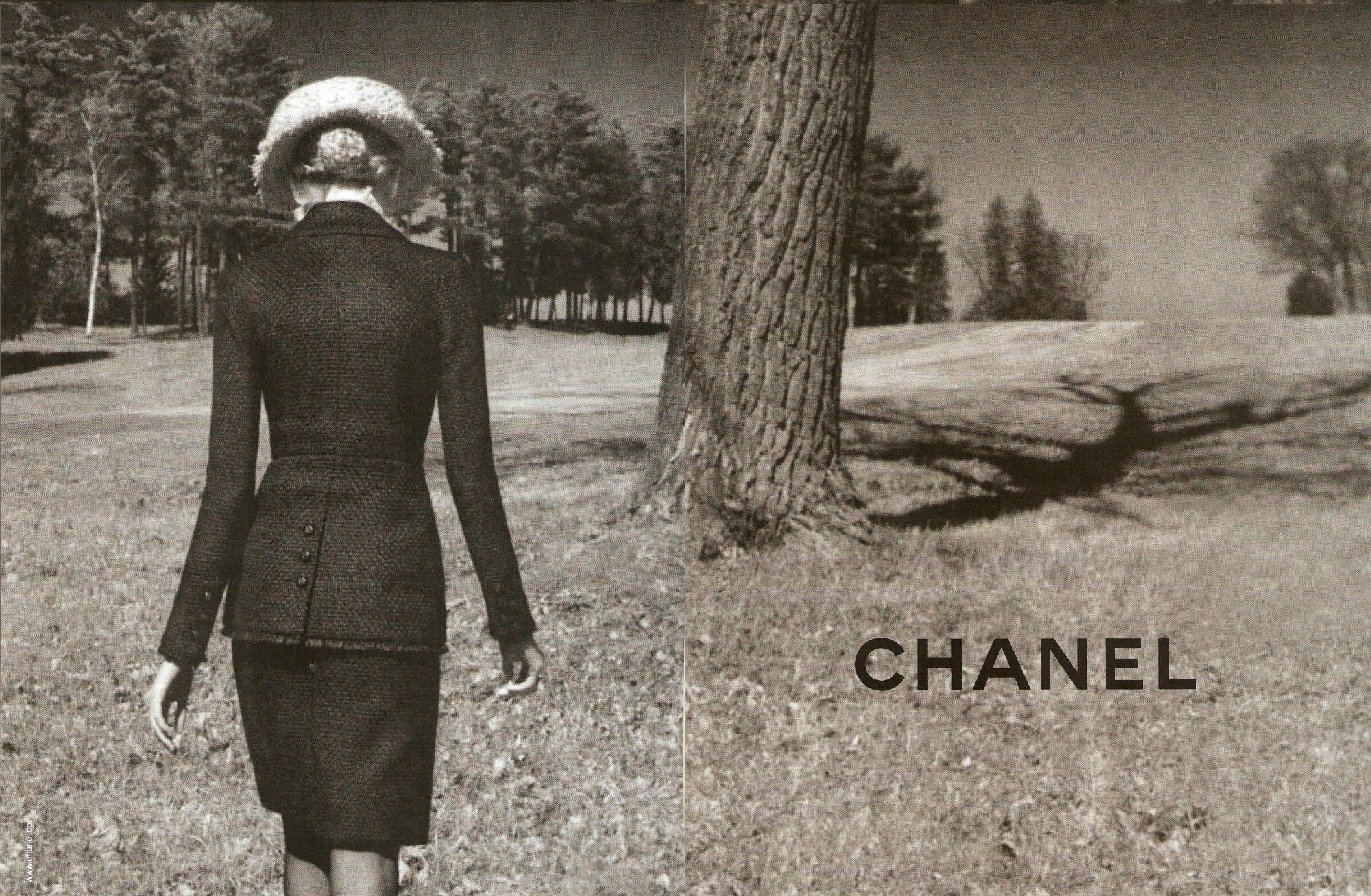 Chanel desktop wallpaper 2000x1307