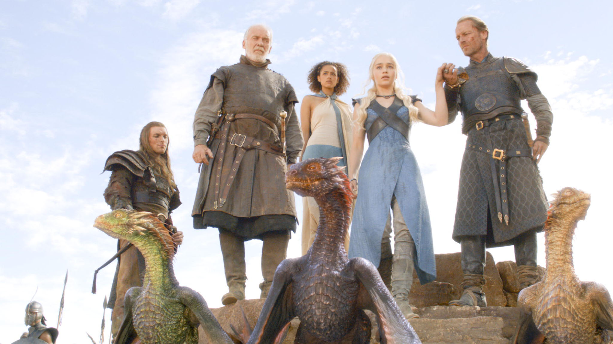The Mother and Her Dragons Game Of Thrones Wallpapers 2048x1152