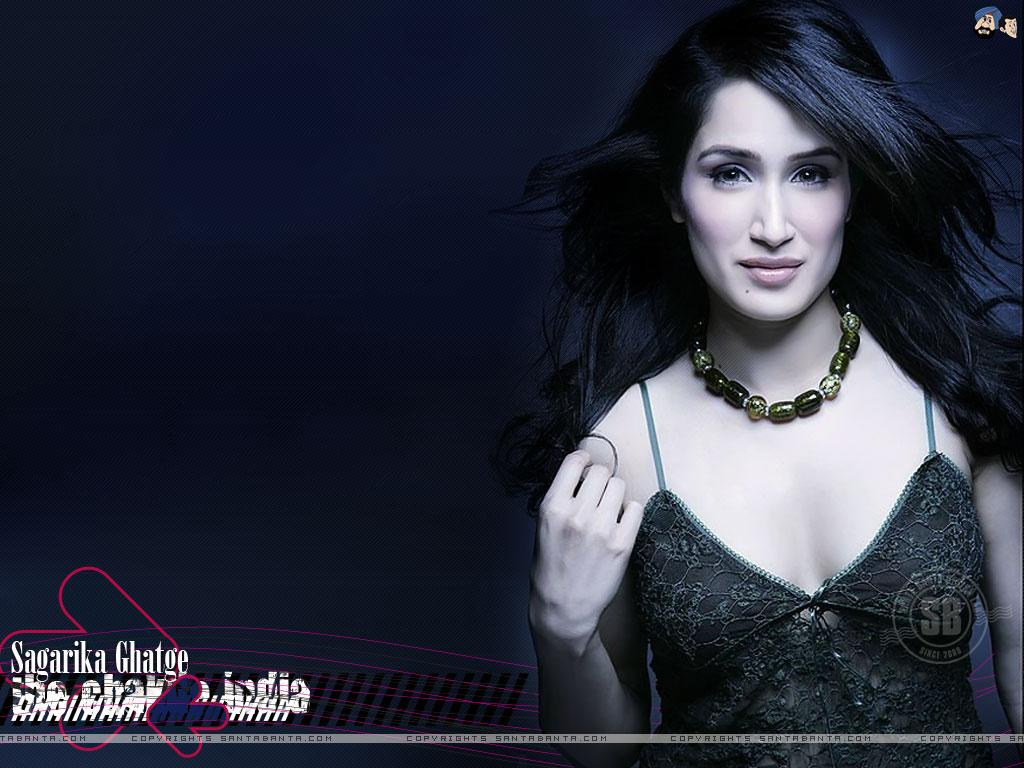 Bollywood Hot Actress Hot Scene Santa Banta Wallpapers 1024x768
