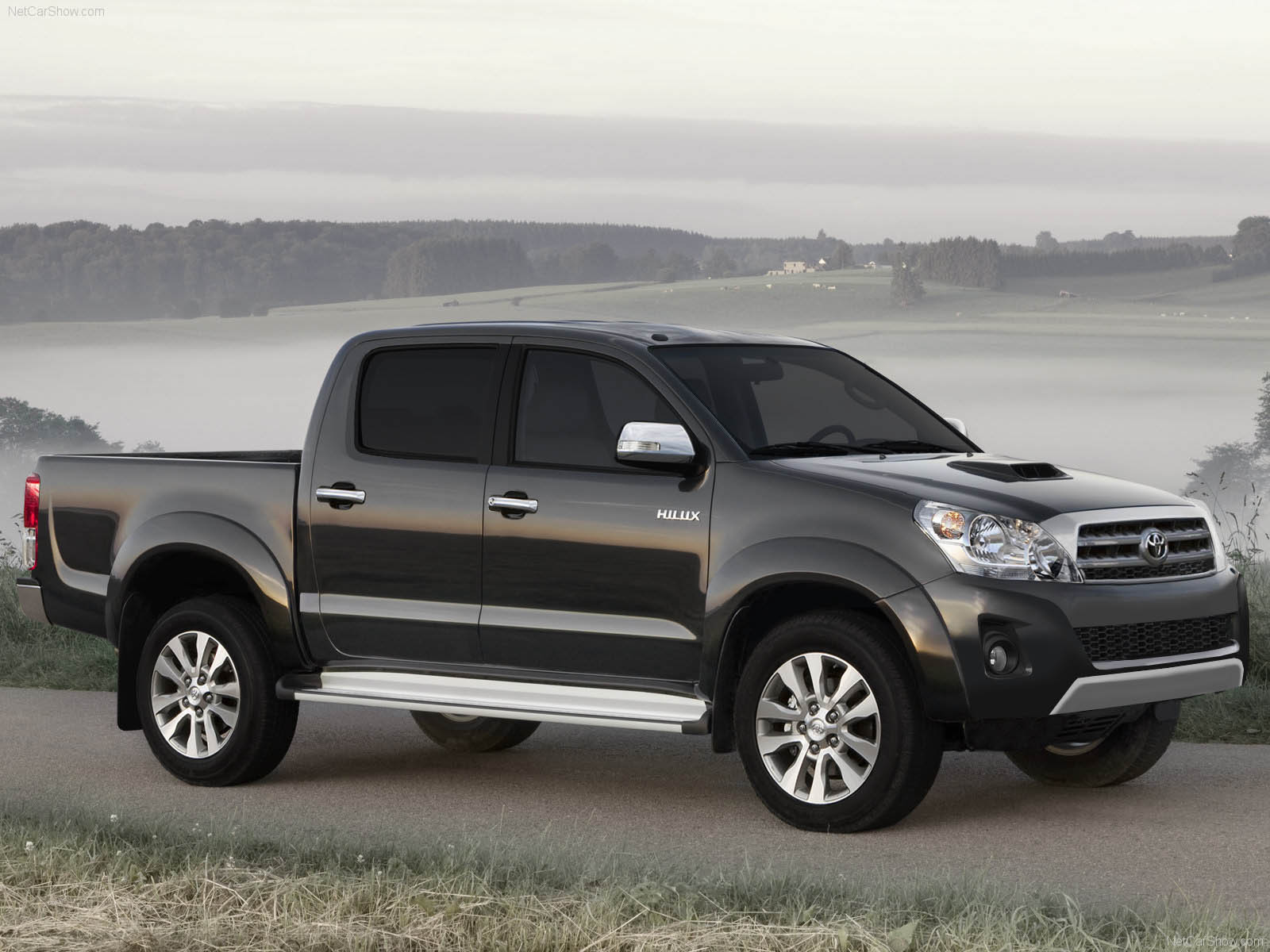 Toyota Hilux 2012 Pickup Truck Review with Wallpapers Auto Car 1600x1200