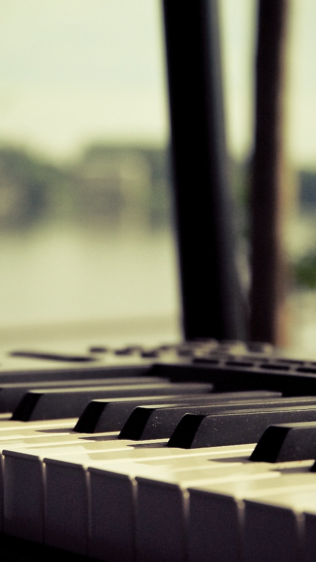 Music Keyboard Wallpaper
