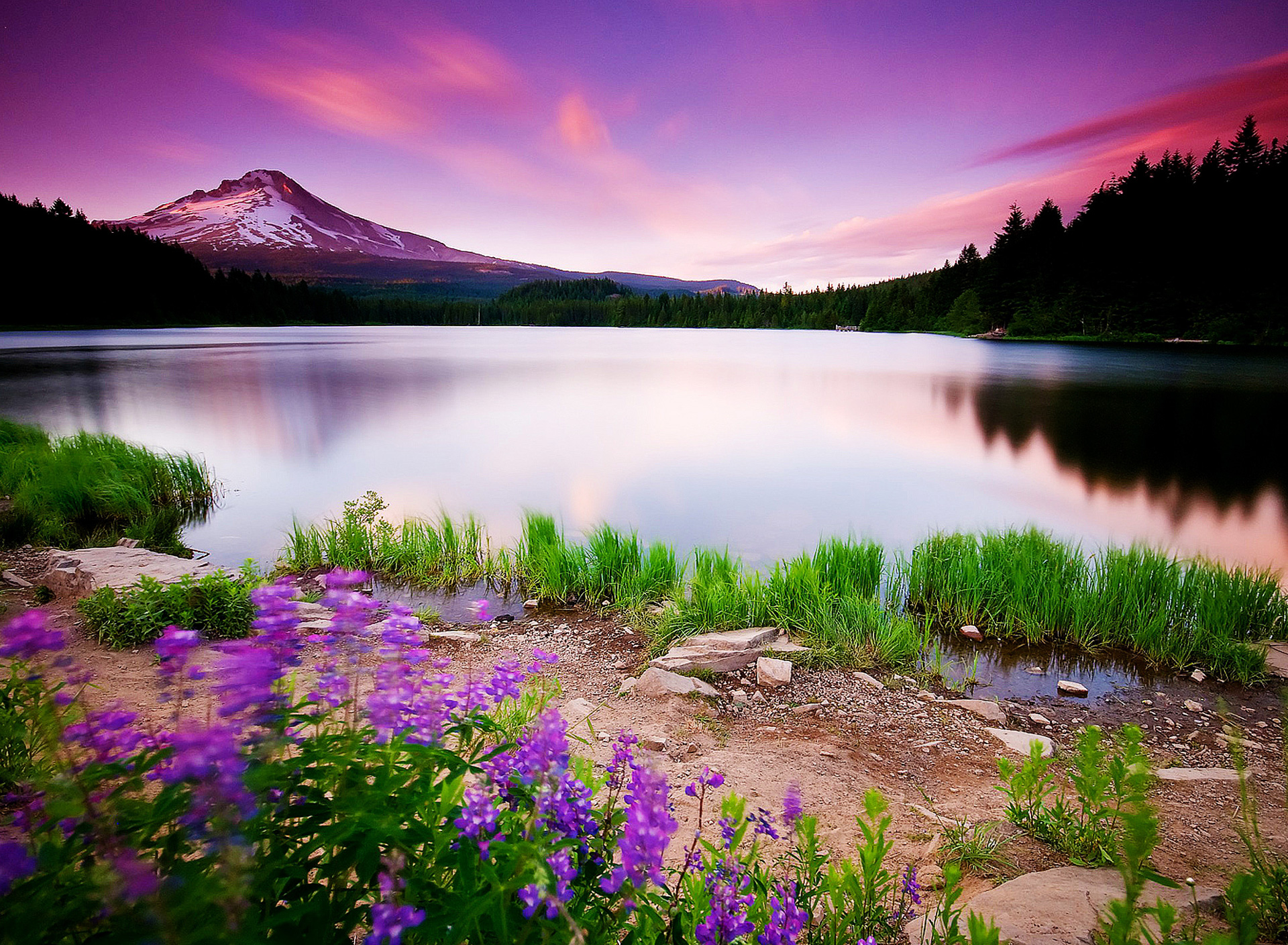 Mountain Lake Scene 1920x1408 wallpaper1920X1408 wallpaper screensaver 1920x1408