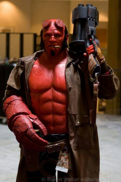 Cool Hellboy Costume Cartoon Cosplay Costumes 467x700