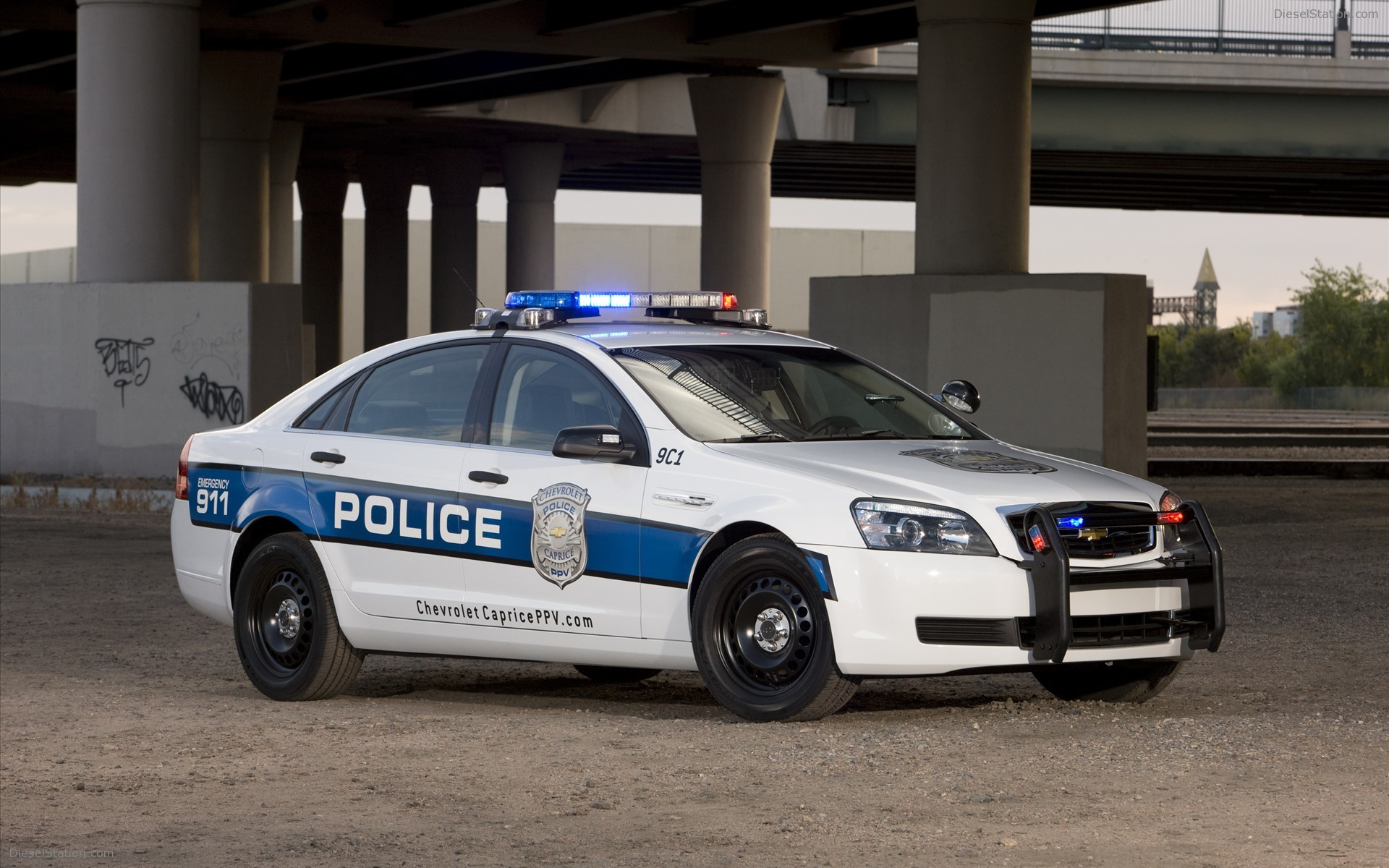 Cheverolet Caprice Police Car 2011 Widescreen Exotic Car Wallpaper 03 1920x1200