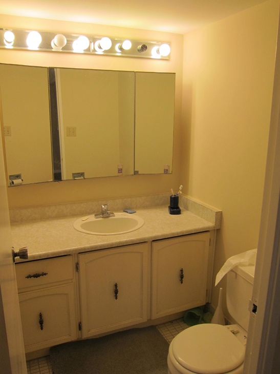 After we removed the wallpaper and painted the walls of this bathroom 547x730