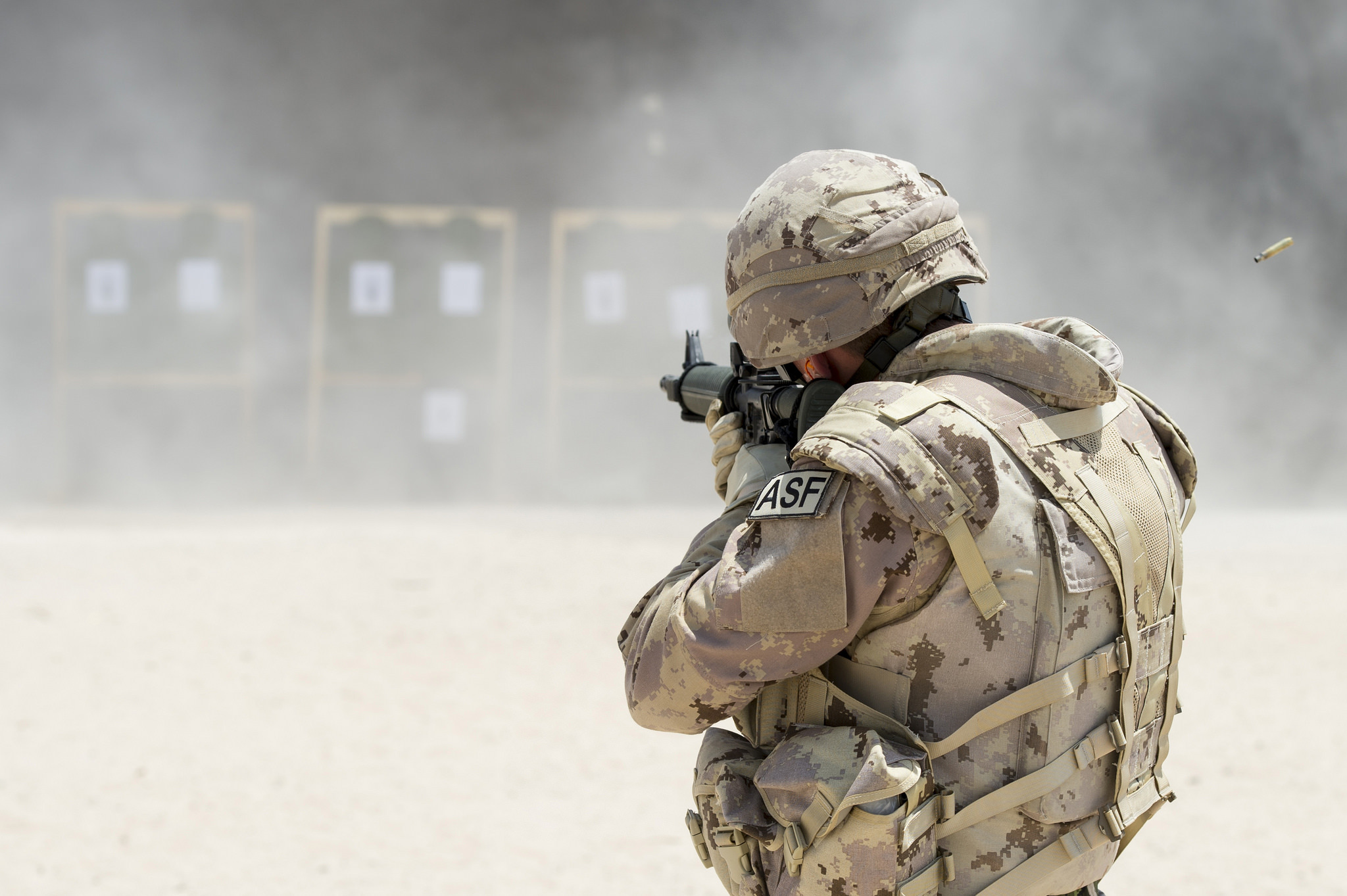 Wallpaper canadian army soldiers weapons training wallpapers men 2048x1363