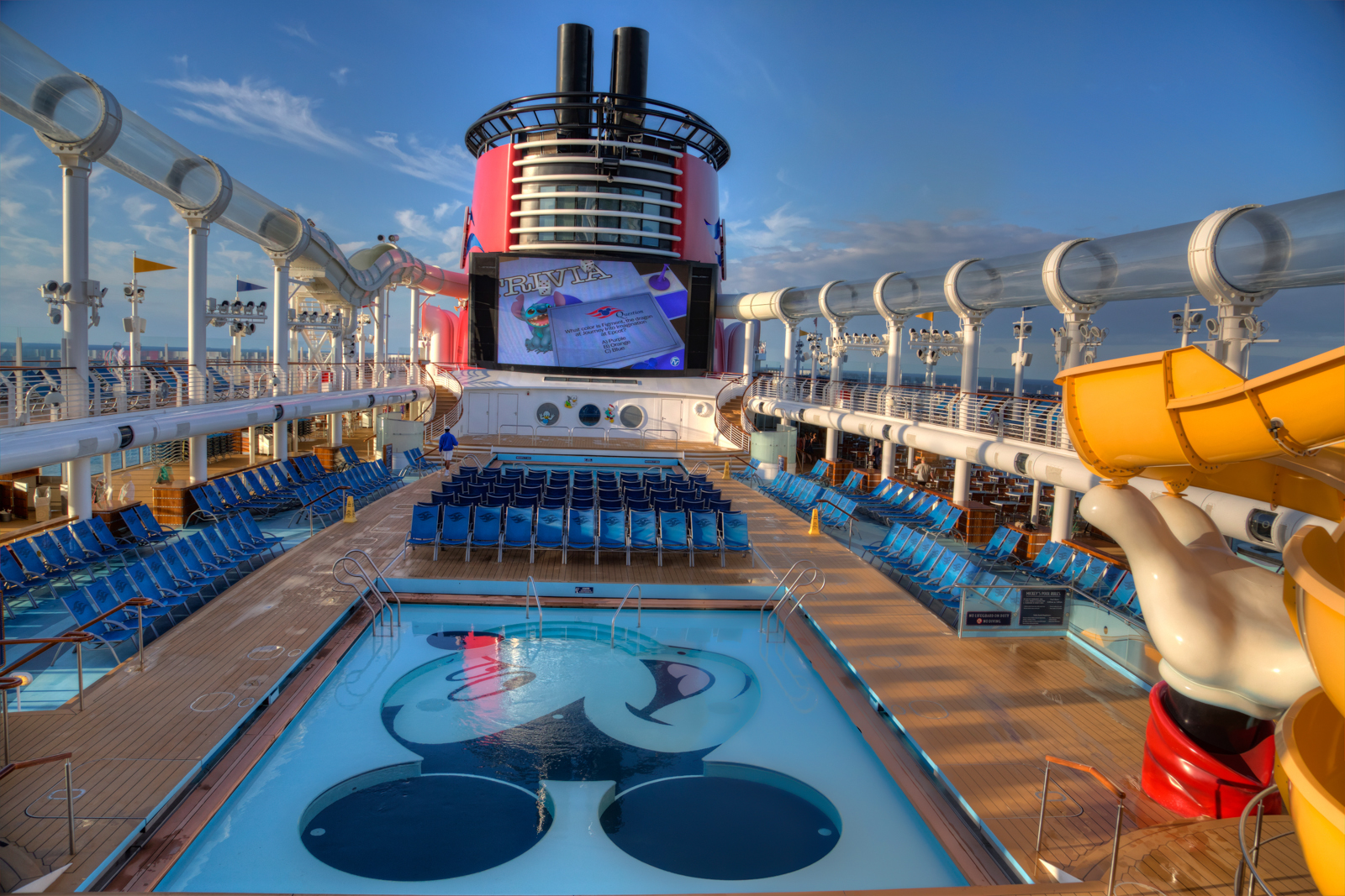 Disney Dream Deck Plan Jpg 1600x1067